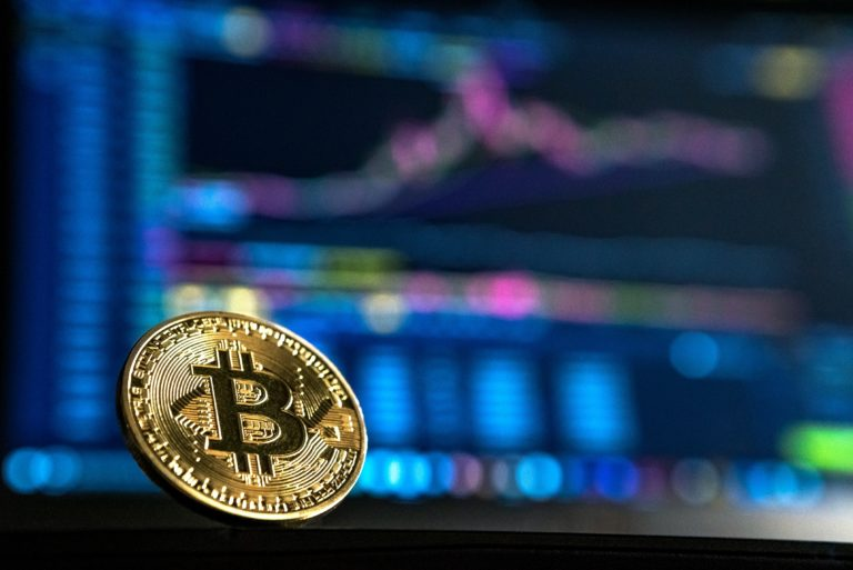 The influx of bitcoin to the crypto exchanges is increasing